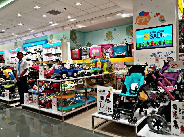 Baby Company Facade