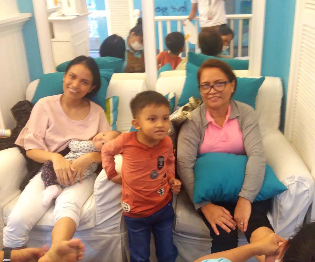 Morena-Mom-National-Pampering-Day